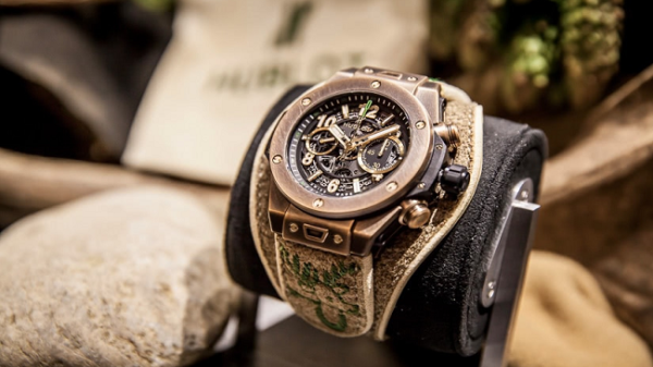 Top Luxury Watch Brand Must-Haves That Are Perfect for This Holiday Season