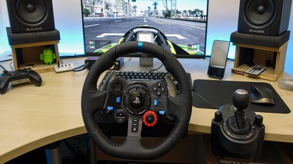 AMERICAN-TRUCK-SIMULATOR-STEERING-WHEEL